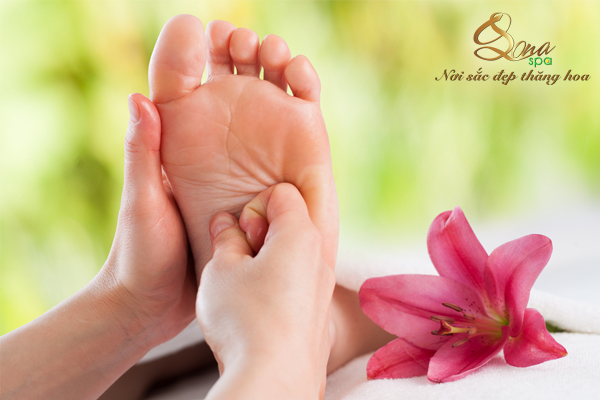 foot massage tại Lona Spa